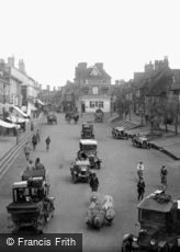 East Grinstead, Traffic in High Street 1923