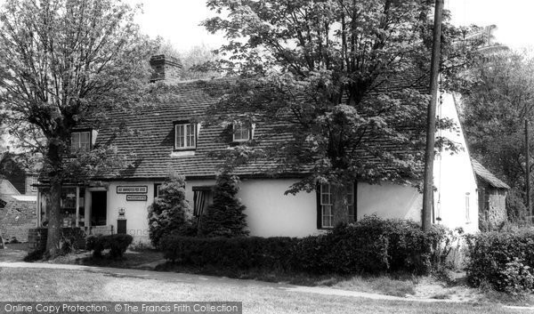 East Hanningfield © Copyright The Francis Frith Collection 2005. http://www.francisfrith.com