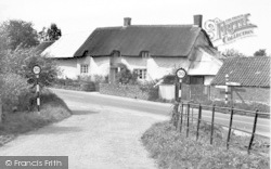 East Lyng, Thatched Cottages c.1955