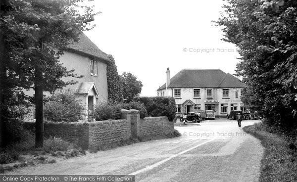 Photo of East Wittering, Church Road Corner c1950