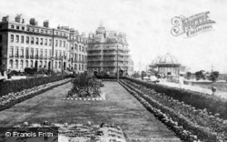 Eastbourne, Carpet Gardens And Queen's Hotel 1899