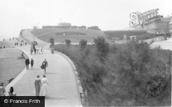 Eastbourne, The Wish Tower And Promenade 1910