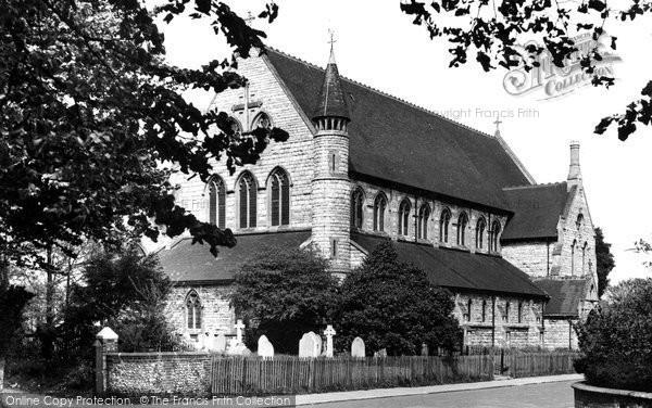 Photo of Eastleigh, Parish Church c1955