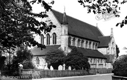Eastleigh, Parish Church c.1955