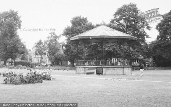 Photo of Eastleigh, Recreation Ground, Bandstand c.1960