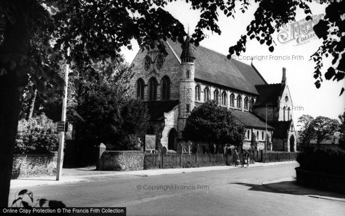 Photo of Eastleigh, The Parish Church c.1960