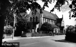 Eastleigh, The Parish Church c.1960