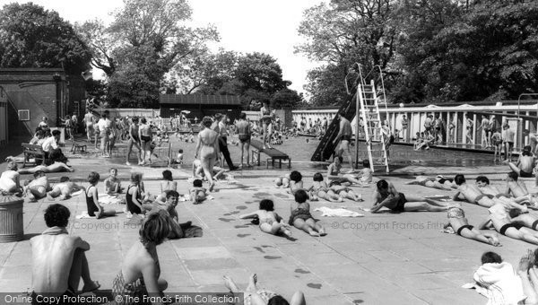 Photo of Eastleigh, The Swimming Pool c.1955