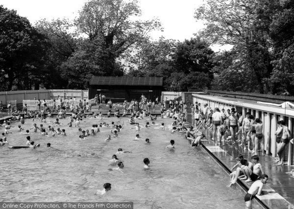 Photo of Eastleigh, The Swimming Pool c.1960