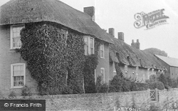 Thatched Cottages c.1900, Easton