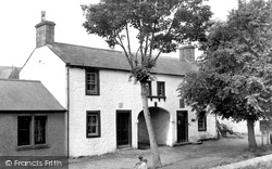 Ecclefechan, Birthplace Of Thomas Carlyle c.1960