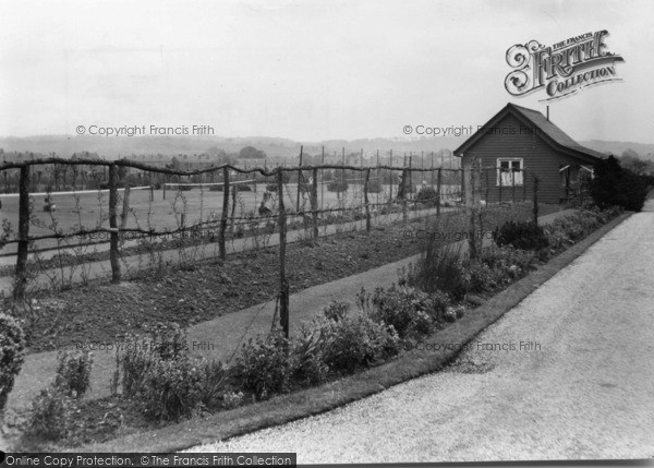 Photo of Ecclesfield, The Park c.1955