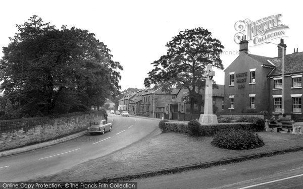 Eckington, the Green c1955