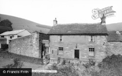 Post Office Stores And Farm House c.1960, Edale
