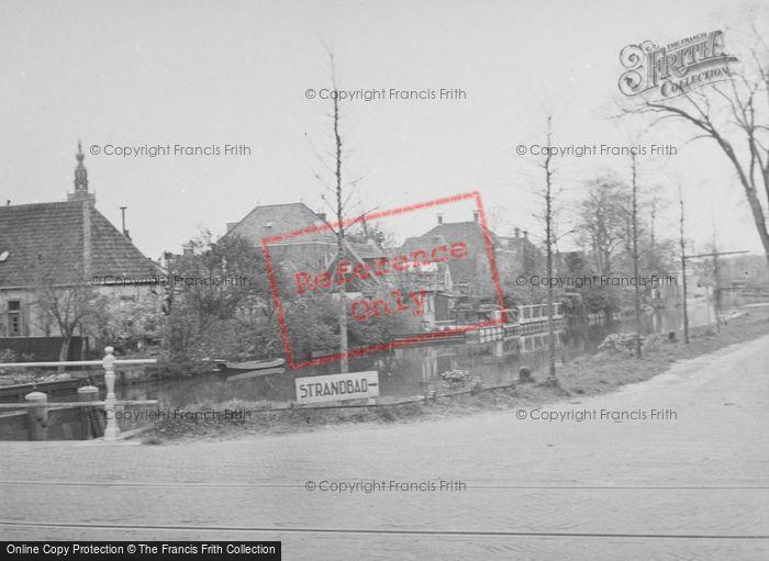 Photo of Edam, Road To Stranbad c.1938
