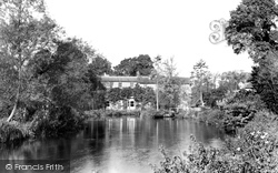 River Kennet And The Mill House c.1950, Eddington