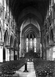 Edinburgh, St Mary's Cathedral, Nave East 1897