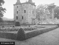 Castle 1950, Edzell