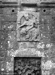 Castle, Bas-Relief Geometria 1956, Edzell