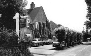 Effingham, Sir Douglas Haig Hotel c1965
