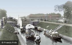 Egham, Bell Weir Lock 1907
