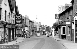 Egham, The King's Head c.1950