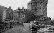 Example photo of Eilean Donan