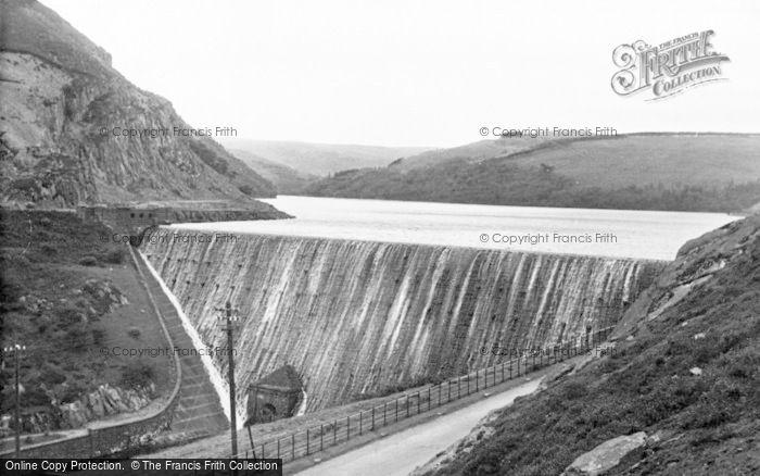 Photo of Elan Valley, Caban Coch Dam c.1955