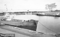 Ellesmere Port, Queen Elizabeth II Dock c.1960