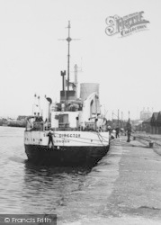 Ellesmere Port, Ship On The Manchester Ship Canal c.1955
