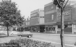Ellesmere Port, Shops In Marina Drive c.1965