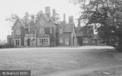 Ellesmere Port, Whitby Hall c.1965