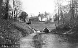 The Tunnel West Side c.1935, Ellesmere