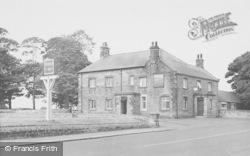 Ellington, The Plough Inn c.1955