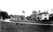 Elstead, Green 1906