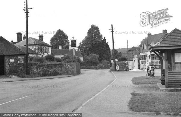Elstead, the Village c1955