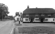 Elstead, the Woolpack Inn c1965