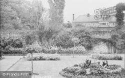 Eltham, Avery Hill Park c.1955