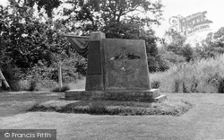 Free French Memorial c.1960, Elvington