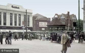 Enfield, Market Place c1950