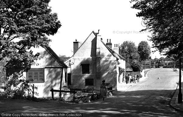 Photo of Enfield, the Rose and Crown, Clay Hill c1955