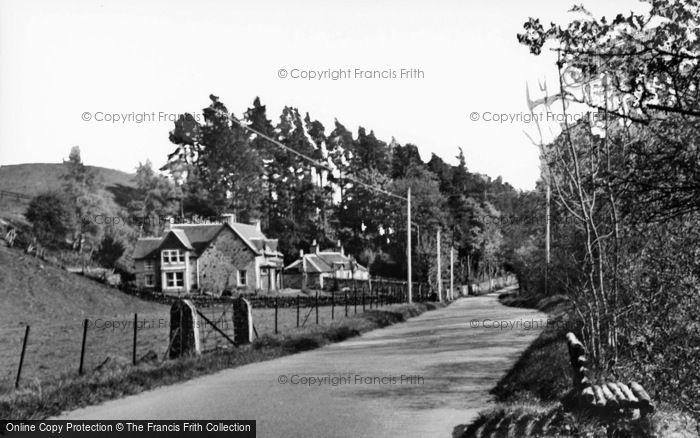 Photo of Enochdhu, Road To Kirkmichael c.1935