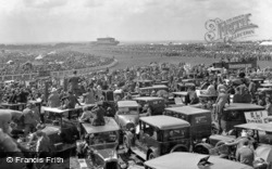 Epsom, Derby Day, View From Tattenham Corner 1928