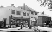 Epsom, Headley Parade c1955
