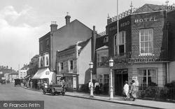 Epsom, King's Head Hotel 1924