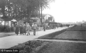 Epsom, Main Avenue Woodcote Pk 1917