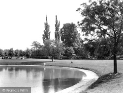 Epsom, Rosebery Park 1924