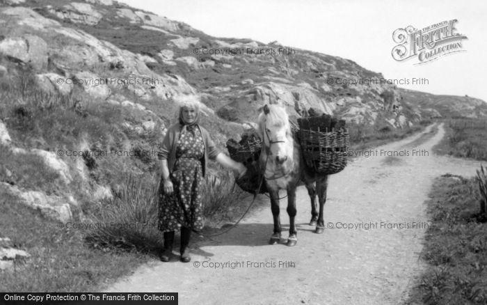 Photo of Eriskay, Gathering Peat 1963