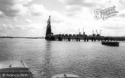 Corys Deepwater Jetty c.1960, Erith