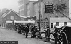 Men, High Street c.1900, Erith